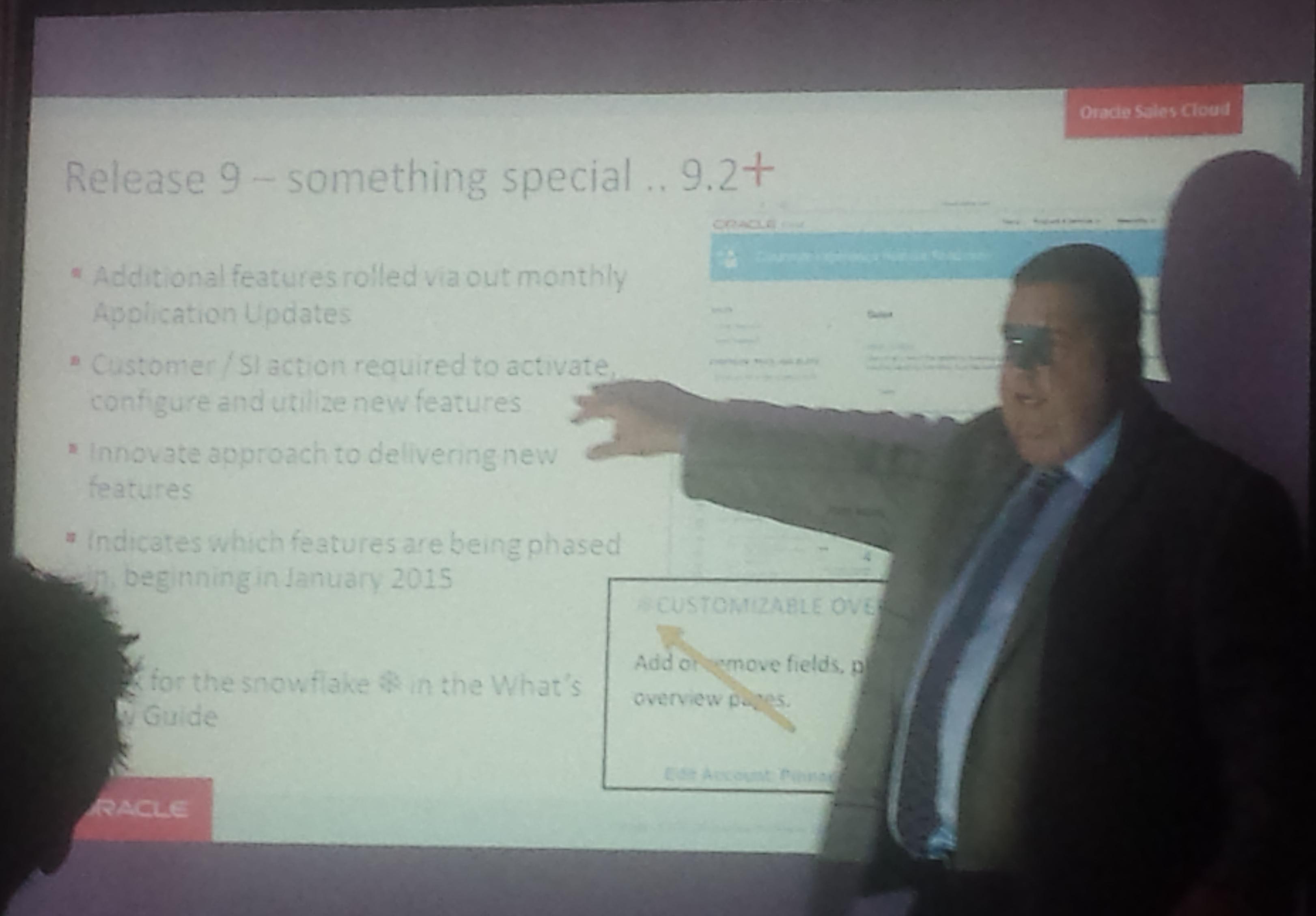Oracle Sales Cloud R2