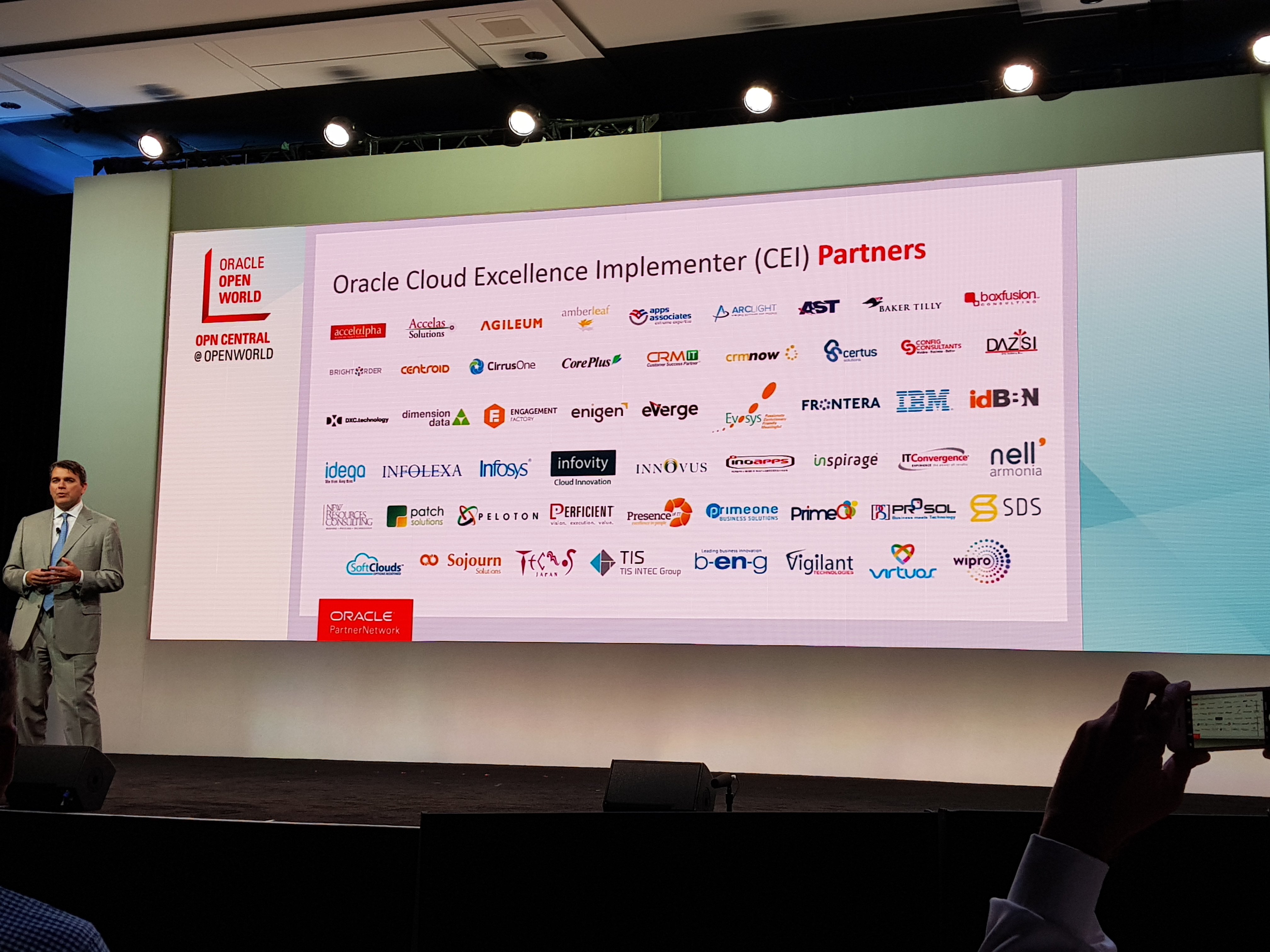 Camillo Speroni Oracle Cloud Excellence Implementer Launch 2017